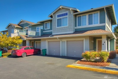 Pierce County Condo/Townhouse For Sale: 6120 Isaac Ave SE #E