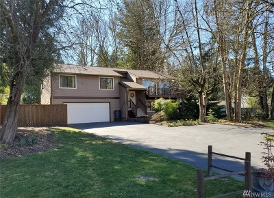 Kenmore Single Family Home For Sale: 8429 NE 170th St