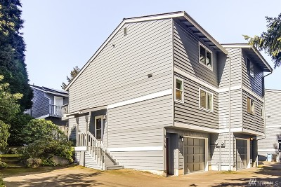 Shoreline Condo/Townhouse For Sale: 910 N 165th St