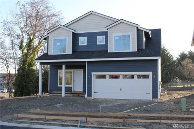 Single Family Home For Sale: 3843 E L St