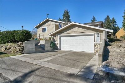 Burien Single Family Home For Sale: 2610 SW 152nd St
