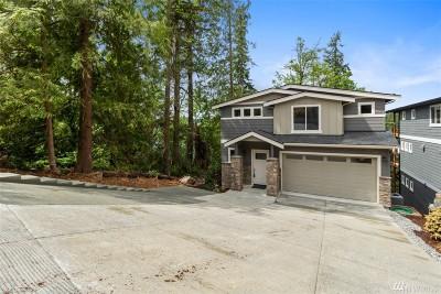 Renton Single Family Home For Sale: 17725 E Lake Desire Dr SE