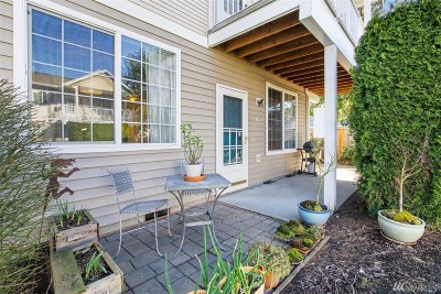 Puyallup Condo/Townhouse For Sale: 1002 9th Ave SE #H102