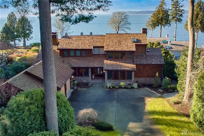 Single Family Home Contingent: 9161 Belted Kingfisher Rd