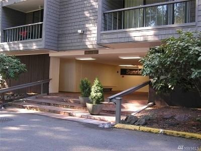 Redmond Condo/Townhouse For Sale: 6355 137th Ave NE #290