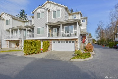 Everett Condo/Townhouse For Sale: 9410 7th Ave SE