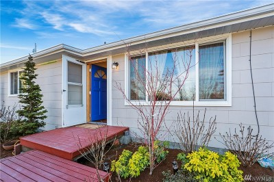 Everett Single Family Home For Sale: 616 Pilchuck Path