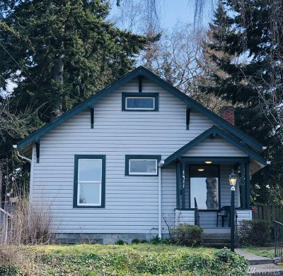 Everett Single Family Home For Sale: 1911 State St