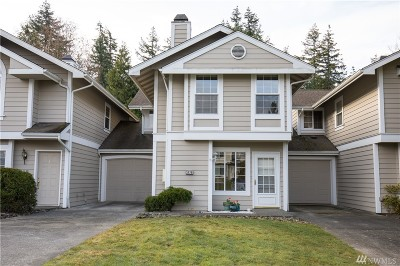 Whatcom County Condo/Townhouse Sold: 3426 Deer Pointe Ct