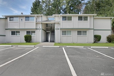Federal Way Condo/Townhouse For Sale: 32303 4th Place S #M5