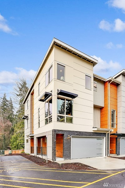 Edmonds Single Family Home For Sale: 7628 222nd St SW #C-7