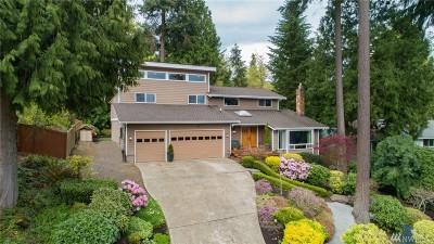 Seattle, Bellevue, Kenmore, Kirkland, Bothell Single Family Home For Sale: 321 221 St SE