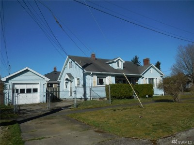 Tacoma Single Family Home For Sale: 902 S Ridgewood Ave