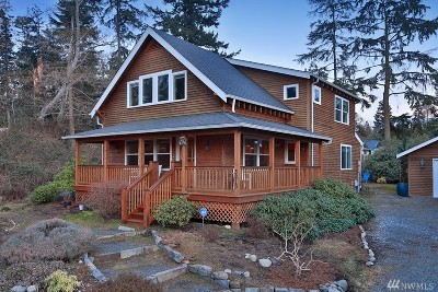 Langley Single Family Home Pending Inspection: 3213 Harbor View Dr