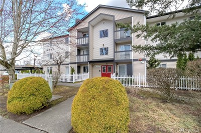 Monroe Condo/Townhouse For Sale: 16517 Currie Rd SE #B302