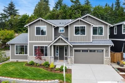 Bainbridge Island Single Family Home For Sale: 611 Landmark Ct NE
