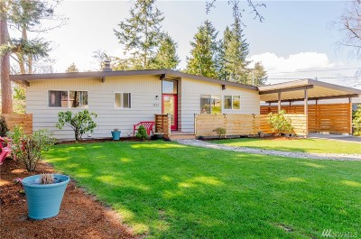 Burien Single Family Home For Sale: 1821 SW 119th St