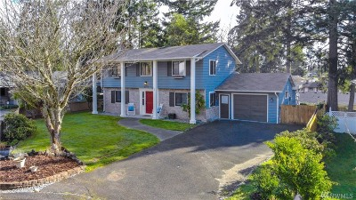 Steilacoom Single Family Home For Sale: 2711 Oxford Ct