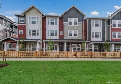 Condo/Townhouse Sold: 3300 SW Graham St #205