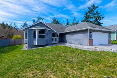 Oak Harbor Single Family Home Pending Inspection: 1313 Morning Mist Lane