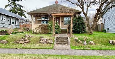 Everett Single Family Home For Sale: 2227 McDougall Ave