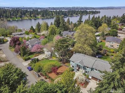 Yarrow Point Single Family Home For Sale: 9052 NE 33rd St