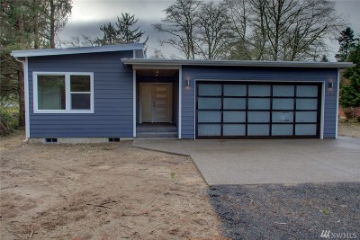 Grays Harbor County Single Family Home Contingent: 823 Wawona Ave SW