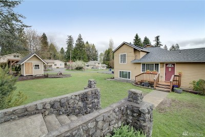 Lake Stevens Single Family Home Contingent: 425 Rhodora Heights Rd
