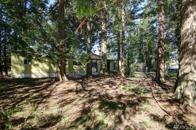 Ferndale Single Family Home Pending: 4097 Neptune Lane