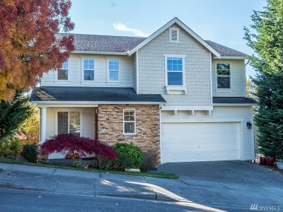 Lynnwood Single Family Home For Sale: 1228 210th Place SW