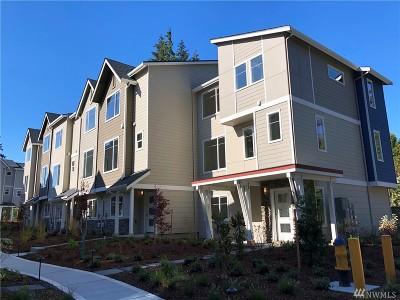 Everett Single Family Home For Sale: 12925 3rd Ave SE #D6