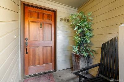Lake Forest Park Single Family Home For Sale: 19117 Ballinger Wy NE #202