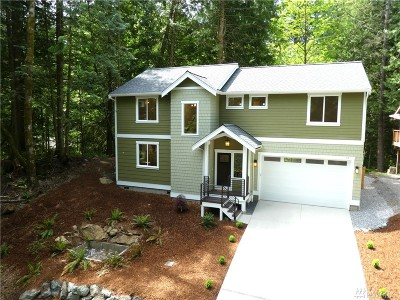 Bellingham Single Family Home For Sale: 10 Stable Lane