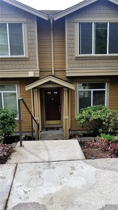 Issaquah Condo/Townhouse For Sale: 23300 SE Black Nugget Rd #M2
