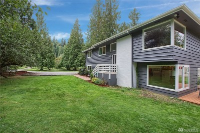 Maple Valley Single Family Home For Sale: 22114 SE Bain Rd