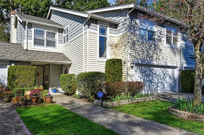Bothell Condo/Townhouse For Sale: 714 228th St SW #O201