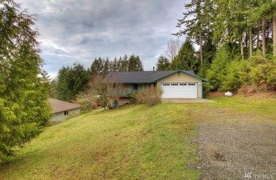 Grapeview Single Family Home For Sale: 220 E Madrona Pkwy