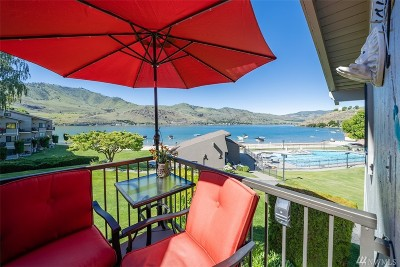 Chelan County Condo/Townhouse For Sale: 104 Spader Bay Rd #7-B
