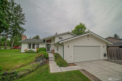 Puyallup Single Family Home For Sale: 15120 Westmore Dr E