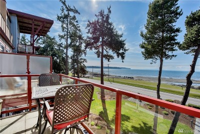 Birch Bay Condo/Townhouse For Sale: 7714 Birch Bay Dr #302