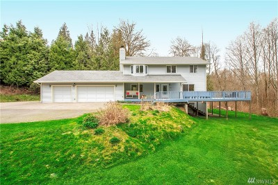 Snohomish Single Family Home Contingent: 14423 214th St SE