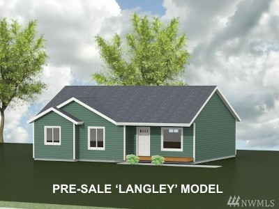 Langley Single Family Home For Sale: Hodges Ave