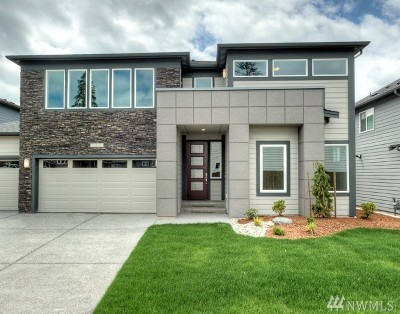 Lynnwood Single Family Home For Sale: 15330 Meridian Dr SE #LS 26