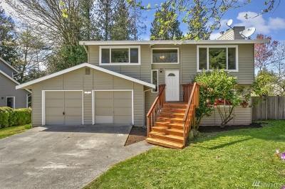 Poulsbo Single Family Home Pending: 22125 Seavista NE