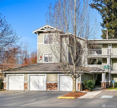 Everett Condo/Townhouse For Sale: 12712 Admiralty Wy #C301