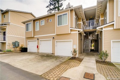 Bothell Condo/Townhouse For Sale: 14915 38th Dr SE #3031