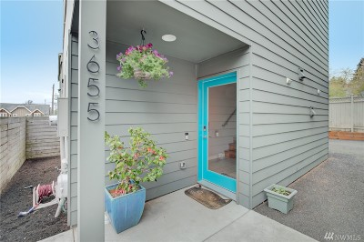 Seattle Single Family Home For Sale: 3655 Francis Ave N