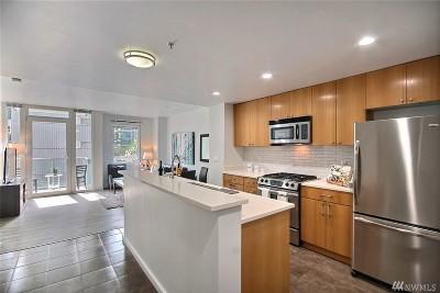 Condo/Townhouse Sold: 76 Cedar St #301