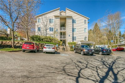 Renton Condo/Townhouse For Sale: 801 Rainier Ave N #D117