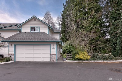 Lynnwood Condo/Townhouse For Sale: 17517 52nd Ave W #C